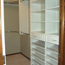 Eclectic Closet by Kwik Kloset Calgary West