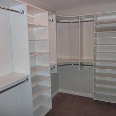 Modern Closet by Kwik Kloset Calgary West