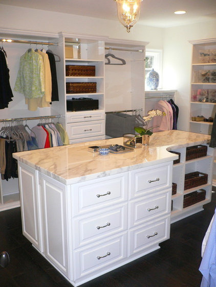 Traditional Closet by Dave Lane Construction Co.