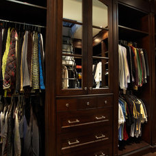 Traditional Closet by Harvest House Craftsmen