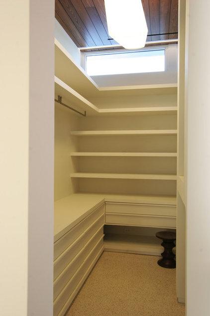 Modern Closet by Product Bureau LLC