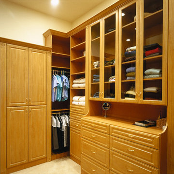 Master Closet | Promontory | 03104 by Pinnacle Architectural Studio