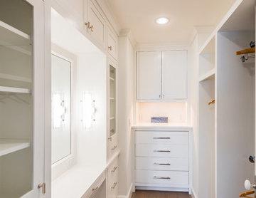 Master closet vanity
