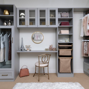 Master Closet with Cabinets - CLOUD finish