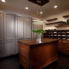 contemporary closet by Wolfe Rizor Interiors