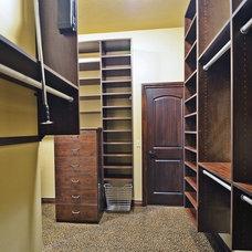 Closet by Silver Stone Homes LLC