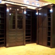 Modern Closet by Closets to Go