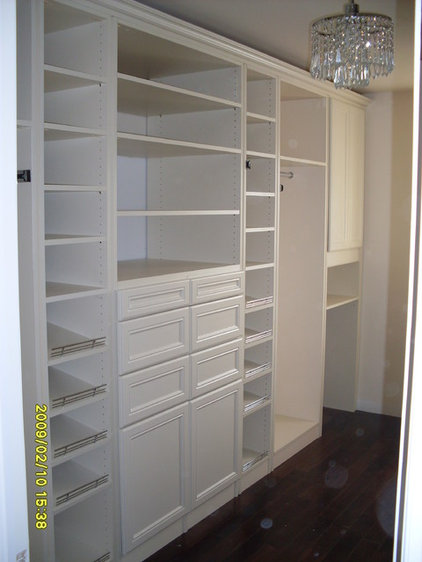 Traditional Closet by Samer