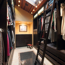 Contemporary Closet by Chermak Construction, Inc.
