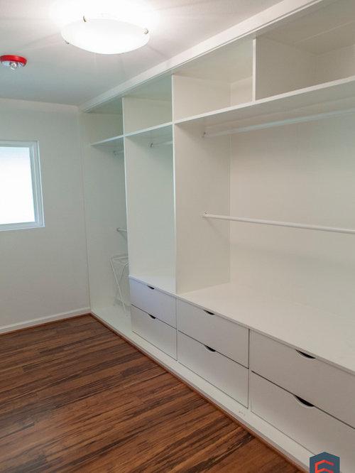 saveemail - Wall Closet Design