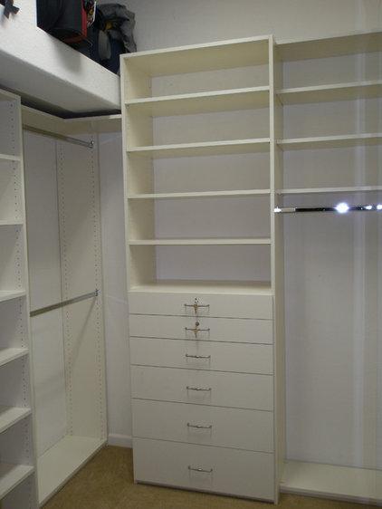 Modern Closet Modern Closet