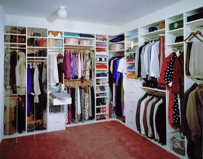 Traditional Closet Modern Closet