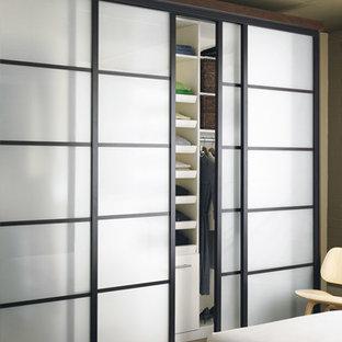 Idee per armadi e cabine armadio minimalisti