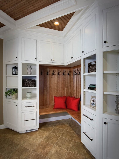 Corner Mud Room Houzz