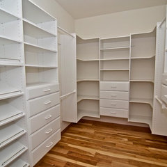 traditional closet by GMH Construction