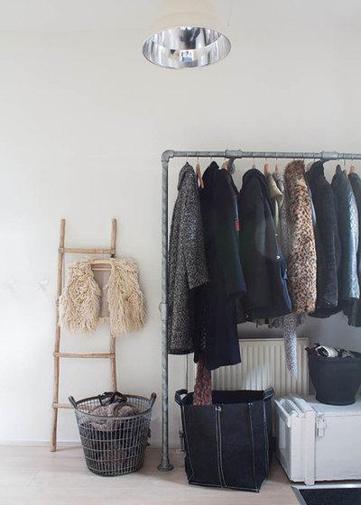 Eklektisk Opbevaring & garderobe by Louise de Miranda