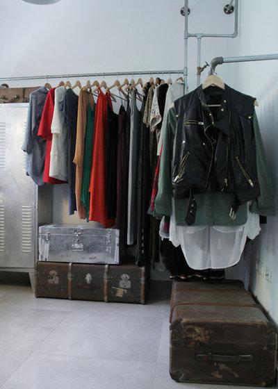 Industriell Förvaring & garderob by Esther Hershcovich
