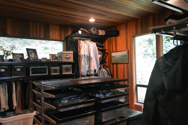 Eclectic Closet by Robert Burns