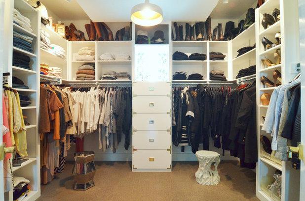 Contemporary Closet by Sarah Greenman