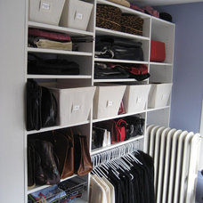 Contemporary Closet by Neat Chic
