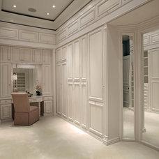 Traditional Closet by Jinx McDonald Interior Designs
