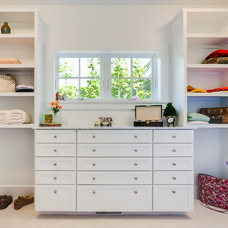 Traditional Closet by Bay Area Contracting, Inc.
