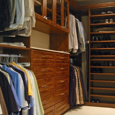 Traditional Closet by david phillips