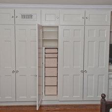 Traditional Closet by Seva Rybkine