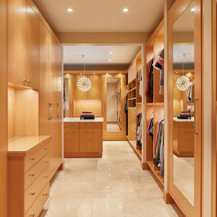 Design ideas for a midcentury storage and wardrobe in Seattle.