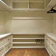 traditional closet by The Berry Group