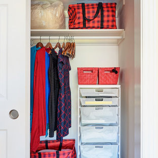 Design ideas for a midcentury storage and wardrobe in San Francisco.