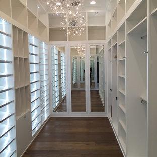 Shabby-Style Ankleidezimmer in Miami
