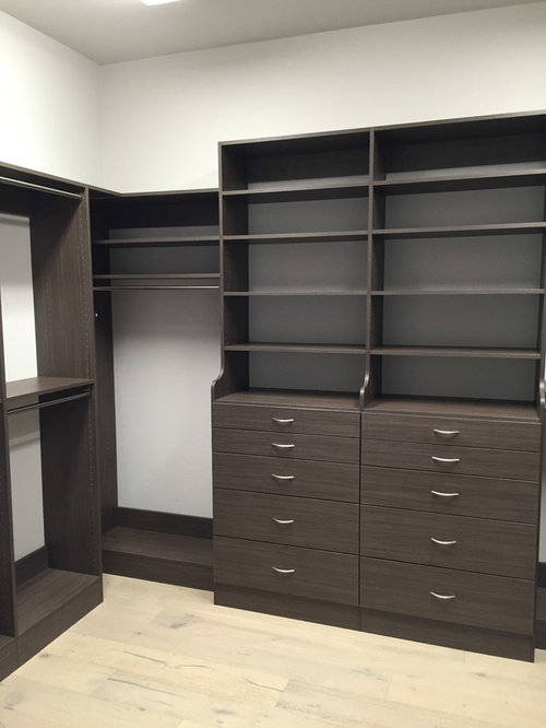 Doors Medium And Ideas: Best Mid-Sized Closet Design Ideas & Remodel Pictures