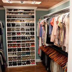 traditional closet by M&M Graphics