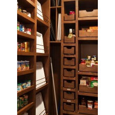 Traditional Closet Pantry