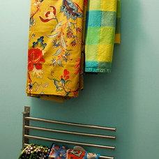 Modern Closet by Nicole Lanteri Design