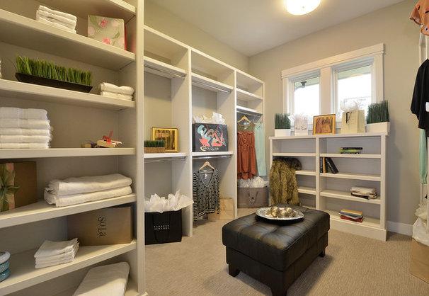 Traditional Closet by Pillar Custom Homes, Inc.