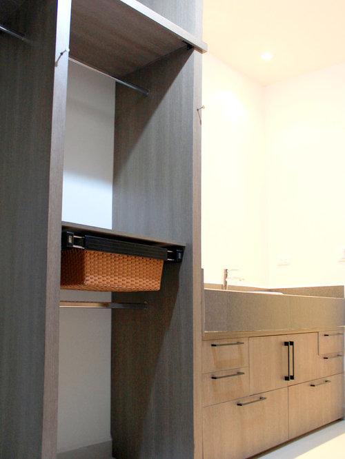 Foto e idee per armadi e cabine armadio armadi e cabine for Piani di combo bagno e armadio combo