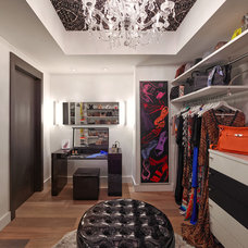 Contemporary Closet by Guimar Urbina | KIS Interior Design