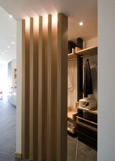 Moderno Armario by Neslihan Pekcan/Pebbledesign