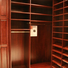 Traditional Closet by Creative Closets®