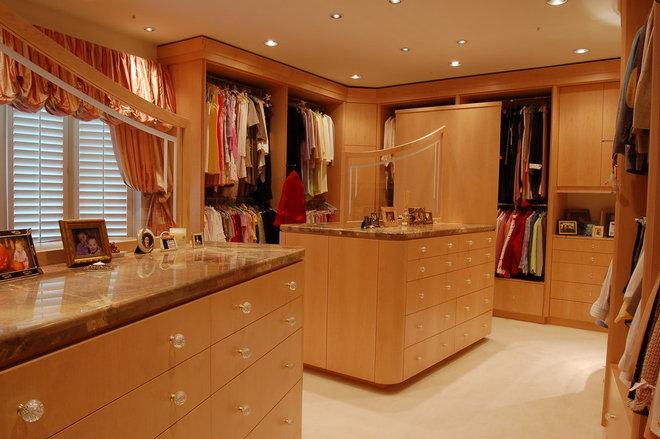 Contemporary Closet by B. W. Interiors Chicago