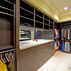 Contemporary Closet by Closets Etc., Inc.