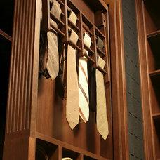 Traditional Closet by Dalia Kitchen Design