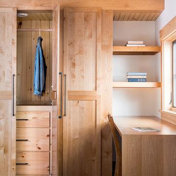 Piseco Lake Residence- Closet