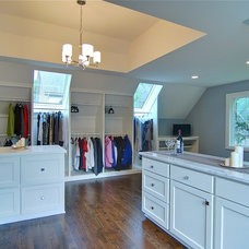 Traditional Closet by Lakewest Builders, Inc.