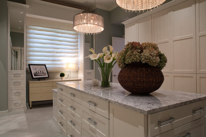 Transitional Closet by Windstar Homes