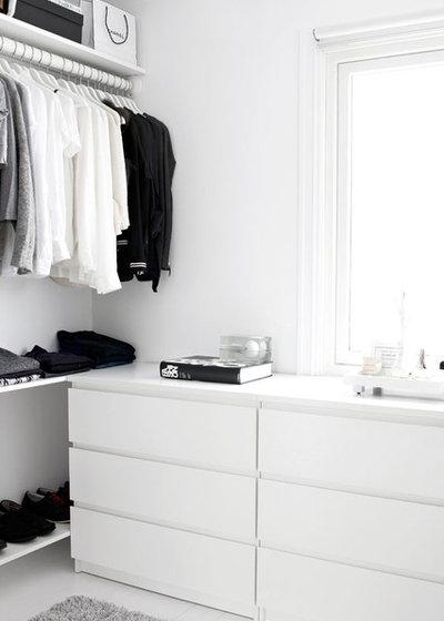 Modern Wardrobe by DISIGHT