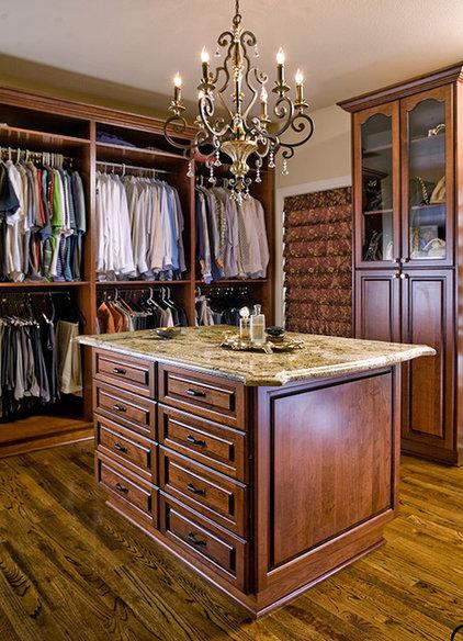 Mediterranean Closet by Ramos Design Build Corporation - Tampa