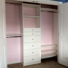 Traditional Closet by Bella Systems - Joanna Janelle